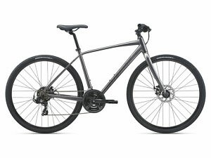 Giant Escape 3 Disc Hybrid Bike - 2021 - Roe Valley Cycles