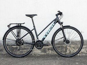 Trek Dual Sport 3 Equipped Stagger Hybrid Bike - 2021 - Roe Valley Cycles