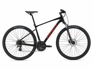 Giant Roam 4 Disc Adventure Bike - 2021 - Roe Valley Cycles